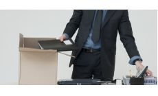 Výpoveď daná viacerým zamestnancom a ponuková povinnosť pri jednom voľnom pracovnom mieste