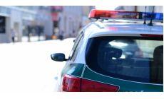 Policajti mali prepísať meno vodiča na meno cudzinca aby zahladili jeho alkohol v krvi. Mali si vyžiadať úplatok 500 EUR!